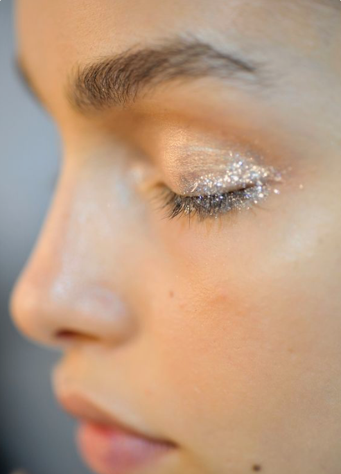 7 Ways to Wear Glitter, From Low-Key to Gatsby